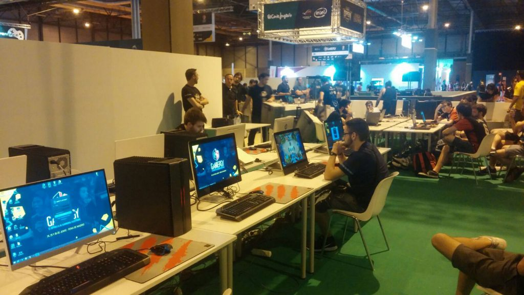 Gran Open de Gamergy, con @DanieLegend jugando