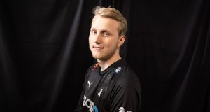 Zven, en Cloud9